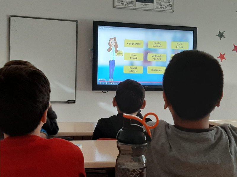 Derslerde Güvenli İnternet Kullanımı